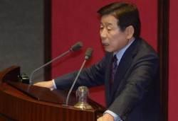 새누리만 남은 본회의장서 박수 받은 유인태의 발언