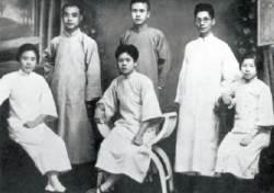 [사진과 함께하는 김명호의 중국 근현대] 평생 짐만 진 '공산당의 낙타' 런비스 숨지다