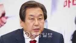 김무성의 필리버스터…공천 도장 거부 '옥새 카드'도 검토