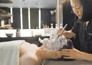 [라이프 트렌드] 피부관리·메이크업·스타일…신사의 품격 완성