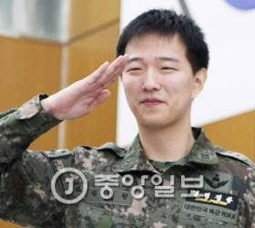 북한 <!HS>목함지뢰<!HE> 김정원 중사 사이버 전사로 변신중