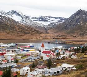 [고아라의 아이슬란드 오디세이] ⑪ 오랜 친구와 함께 걷고 싶은 어촌마을