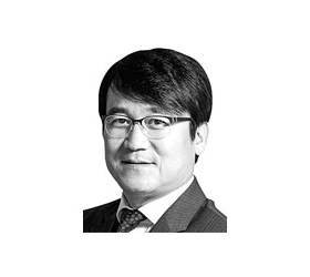 [데스크 view&] 한국은행이 시장의 존경을 받으려면