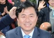 """부산서 재기 성공한 더민주 김영춘 """"상대 죽이는 소선거구제 개혁할 것"""""""