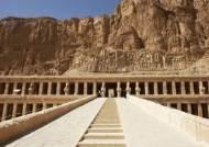 나일강변에 기댄 수천 년 세월의 신전, 이집트 룩소르