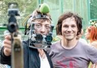 [매거진M] 주인공이 보는 것만 찍었다, 첫 풀타임 1인칭 영화- 나이슐러 감독 '하드코어 헨리'
