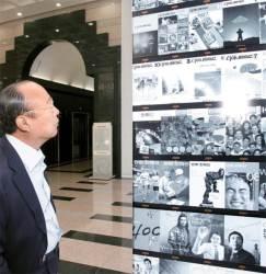 [사진] <!HS>한화<!HE> 45년 돌아보는 <!HS>김승연<!HE> <!HS>회장<!HE>