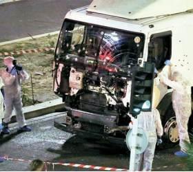 트럭 테러 '<!HS>프랑스<!HE> <!HS>혁명<!HE>' 덮쳤다