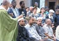 IS는 십자가 파괴 명령…유럽 무슬림은 미사 참석