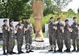 """""""우린 잊어도 북한 지뢰도발 잊지 말길""""…그때 그 용사들 다시 한자리 뭉쳤다"""