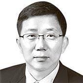 [시론] 아키히토의 생전 퇴위 회견은 '인간 선언'