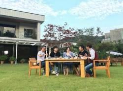 <!HS>이영애<!HE>, 400평 양평 전원주택 공개