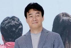"""""""백종원 문어발 확장, 영세 식당 위협"""""""
