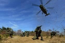 항공구조사 전투생환 및 산악구조훈련