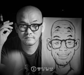 [<!HS>권혁재<!HE> <!HS>사진전문기자의<!HE> <!HS>뒷담화<!HE>] 여섯 눈을 가진 라이브 드로잉 작가 김정기