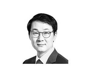 [데스크 view &] 박 대통령, 정몽구·이재용과 독대하라