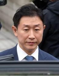 '<!HS>스폰서<!HE>' 의혹 김형준 부장<!HS>검사<!HE> 재판에 넘겨져