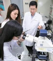 [2016 중앙일보 대학평가] 인제대 '빙그레 교수님' 울산대엔 '현대차 교수님'
