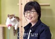 약사 접고 버려진 동물 보호·공존 연구…동물 소재 전혀 안 쓰는 '착한패션' 운동