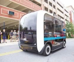 [혁신의 <!HS>현장을<!HE> <!HS>가다<!HE> | 로컬모터스] 자동차 제조에 오픈 이노베이션 도입