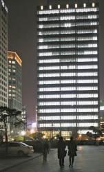 [사진기자 김성룡의 사각사각] 겨울 밤이 훈훈한 '하트'