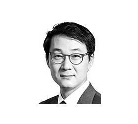 [데스크 view &] '벤처 지원' 쇼는 계속되어야 한다
