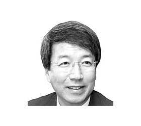 """'한국의 <!HS>케인즈<!HE>' """"정운찬 전 총리, 대선 출마결심 굳혀…친박과는 손 안잡아"""""""