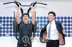 [2017 퍼스트펭귄] 전국 어디서나 으랏차차…헬스장에 도입한 '공유경제'