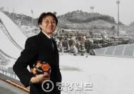 """[J가 만난 사람] 축구팀 맡은 왕년의 보험왕 """"안 되면 되게 하는 게 내 전문"""""""