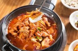 [땅이야기 맛이야기] 경북(24) 따스한 시장 인심에 추억의 맛이 한가득, 시장식육식당