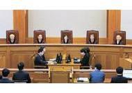 [대통령 탄핵] 주7일 근무하며 묵언수행한 헌법재판관들의 80일