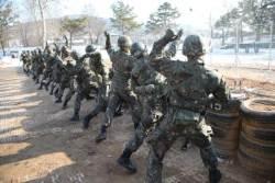 [리셋 코리아] 군 PX·취사 등은 민간 아웃소싱, 전투 임무에 집중하자