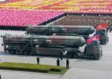 [단독]北 신형 ICBM 운반차량은...몰래 빼돌린 러시아 <!HS>트럭<!HE> 개조