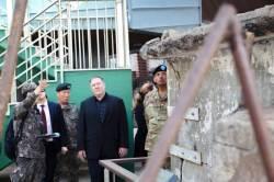 북한 코 밑까지 간 미 CIA 국장…2010년 연평도 포격 현장도 찾아