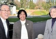 첫 여성 외교장관 … 4강 외교, 북핵 업무 경험은 없어