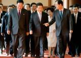 [북한 경제를 이끈 총리 傳(10)]'교통의 사나이' 김영일 총리