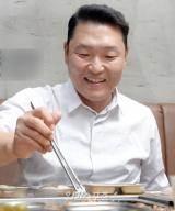 """[취중토크①] 싸이 """"YG 양현석, 은퇴 말린 신기(神氣)있는 분이죠"""""""