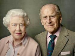 엘리자베스 여왕 남편 필립공, 65년 만에 은퇴