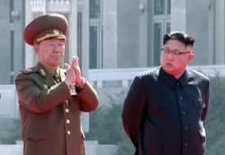 김정은, <!HS>황병서<!HE> 총정치국장 처벌…군사 지도력 불안정 신호탄인가?