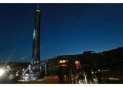 """""""게임 체인저?"""" 북한 신형 미사일 <화성-15형> 전략적 의미"""