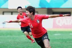 [서소문사진관] 연장 혈투 끝에 우즈벡 꺽고 한국축구 4강 진출