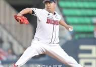 유희관 호투-김재환 홈런, 두산의 완벽한 승리