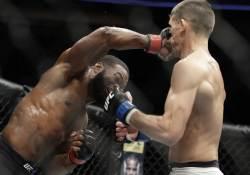 <!HS>UFC<!HE> 우들리, 틸 꺾고 4차 방어 성공