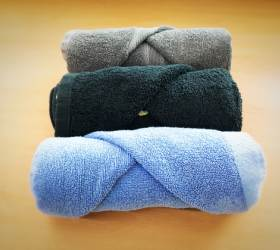 [한 끗 리빙] 수건 접는 법만 바꿔도 욕실이 달라진다…예쁘게 수건 접기