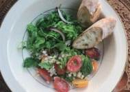 [혼밥의정석] 보리는 보리밥으로만? 샐러드로 만들면 더 맛있다