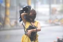 필리핀·홍콩 강타한 초대형 태풍 망쿳, 이번엔 中 남부 원전 겨냥
