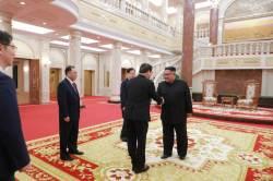 북한의 '성역' 노동당 본청서 처음 열린 남북 정상회담