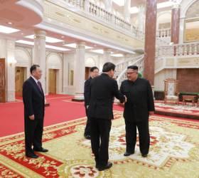 <!HS>북한<!HE>의 '성역' <!HS>노동당<!HE> 본청서 처음 열린 남북 정상회담