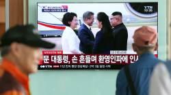 [<!HS>서소문사진관<!HE>] 생중계로 남북정상 첫 평양 만남 보며 환호!