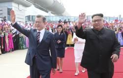 [서소문사진관] 김정은, 평양시내 카퍼레이드하며 <!HS>문재인<!HE> 대통령 특급 환영